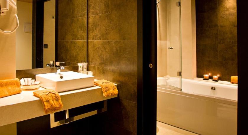 hoteles con encanto en cádiz  213