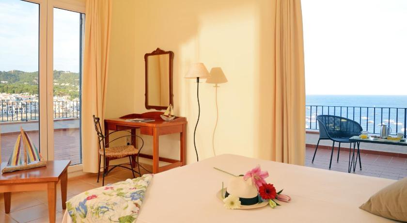 Hotel Sant Roc 25