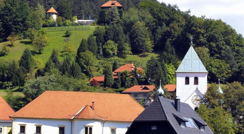 Vila Monet Savinjsko nabrezje 4 Laško
