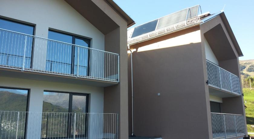 Comfort Two-Bedroom Apartment - Entrance Apart Alpenrose