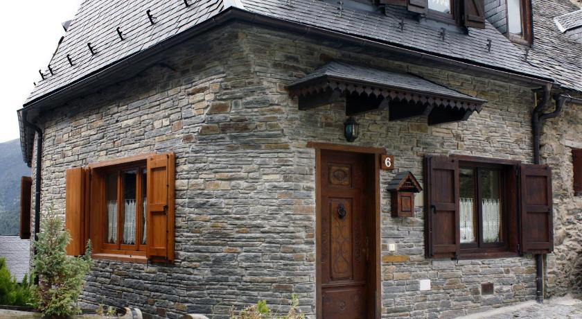 Apartamentos valle de aran viella mitg ar n - Casas rurales valle de aran ...