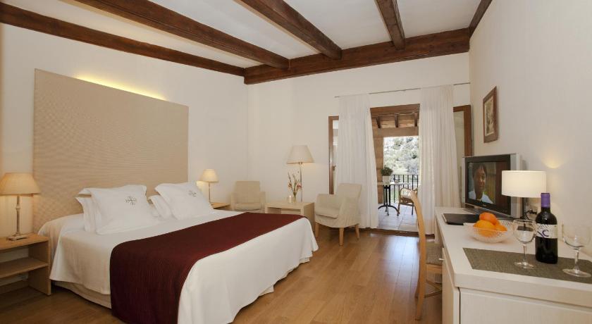 L' Hermitage Hotel & Spa-7768173