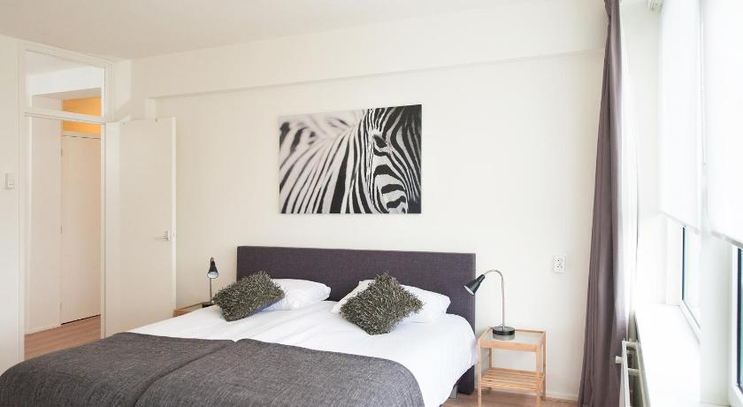 Two-Bedroom Apartment Aurora Short Stay Maria