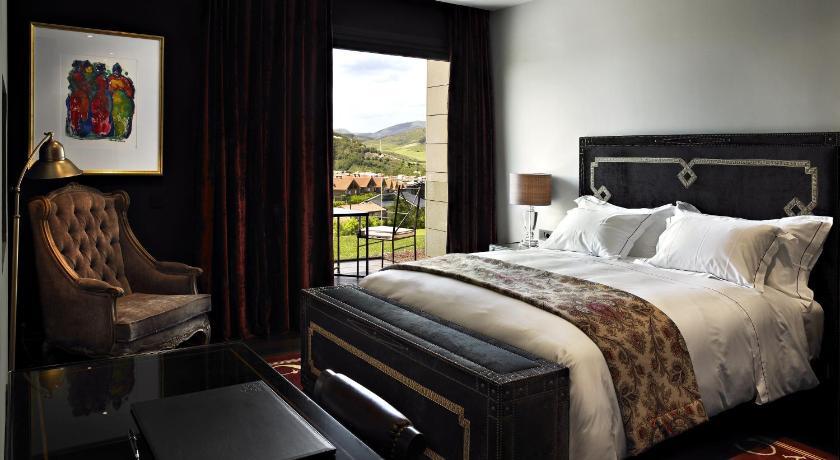 hoteles con encanto en navarra  100