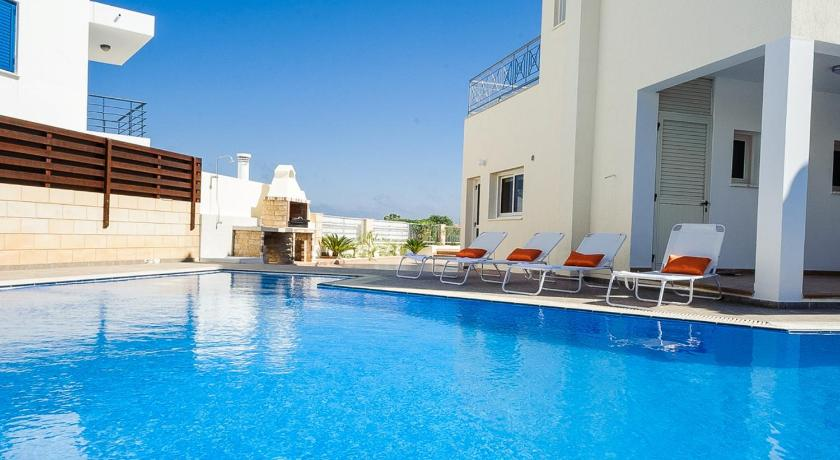 Swimming pool Oceanview Villa 196