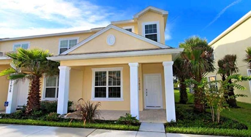 Three-Bedroom Townhouse in Serenity at Silver Creek