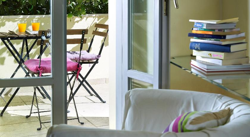 Boutique Hotel Fortino 10 Radamanthous Str. Chania
