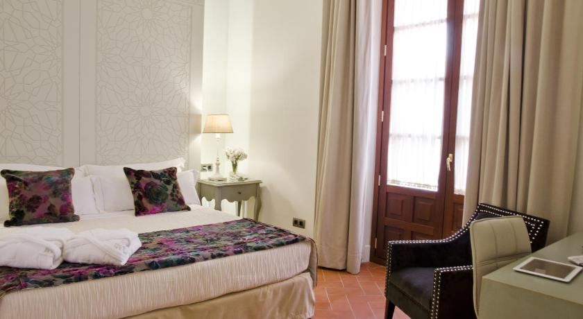 boutique hotels sevilla  395
