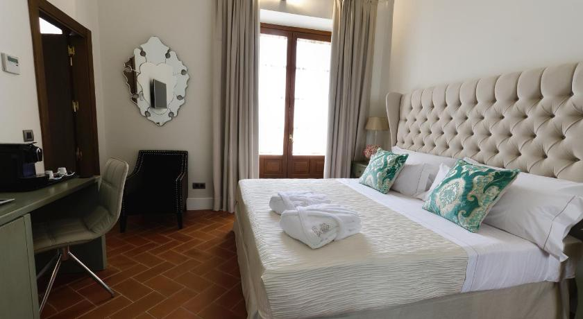 boutique hotels sevilla  392
