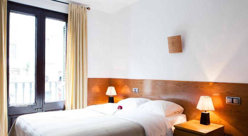 Estudios Pelayo Guest House - Barcellona | Bedandbreakfast.eu
