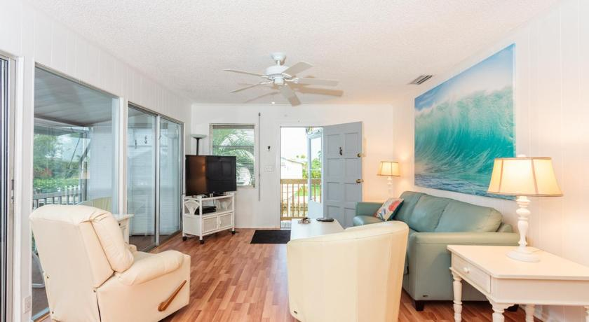 Se alla 25 bilder Bayview Cottage by Vacation Rental Pros