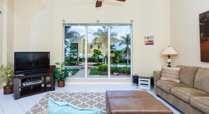 Waterside 114 by Vacation Rental Pros