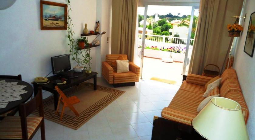 Apartment in Oura