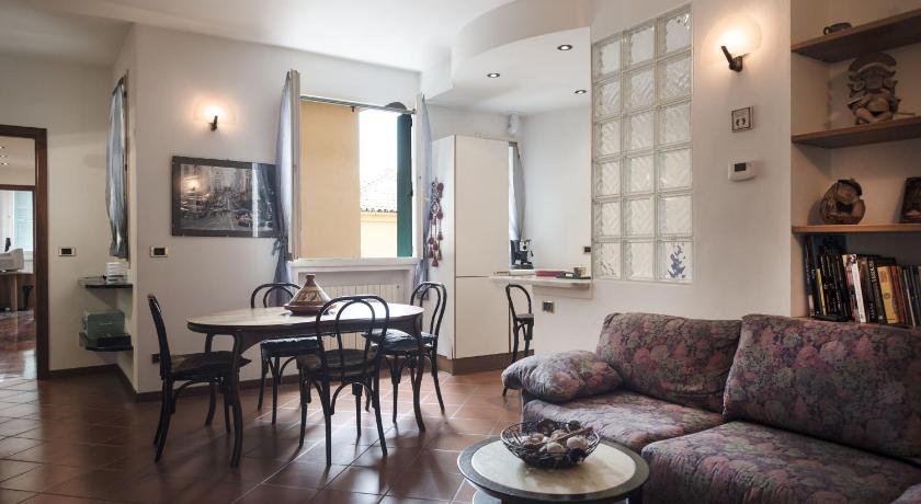 Sant'Isaia Two-Bedroom Apartment - غرفة معيشة منفصلة Sant'Isaia Halldis Apartment