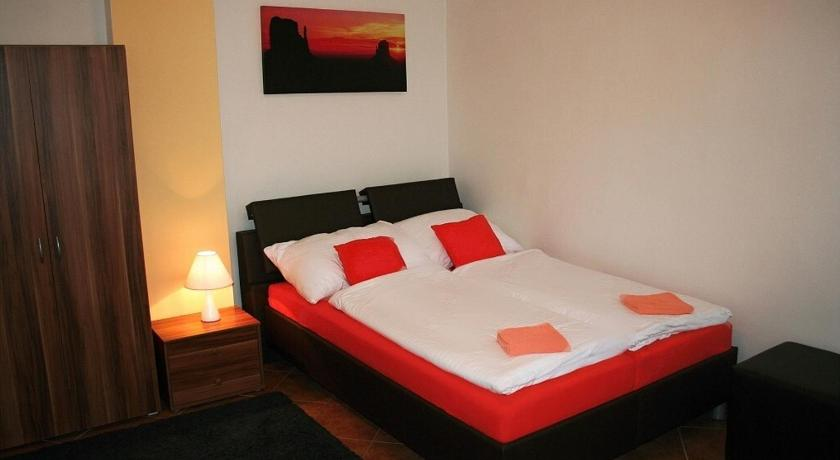 Double or Twin Room - Guestroom Penzion Derivia