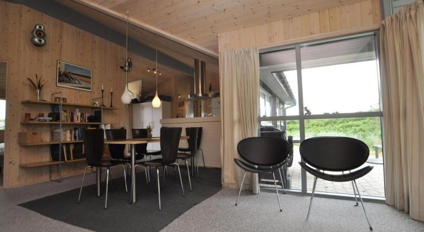 Holiday home in Hjelmevej Henne Strand XIII
