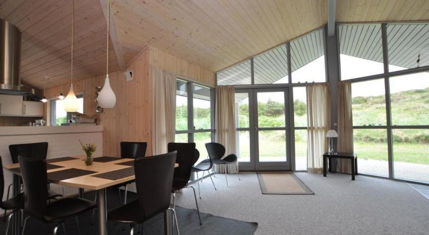 منزل للعطل ثلاث غرف نوم Holiday home in Hjelmevej Henne Strand XIII