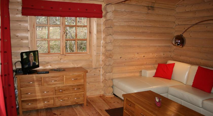 More about BCC Loch Ness Log Cabins