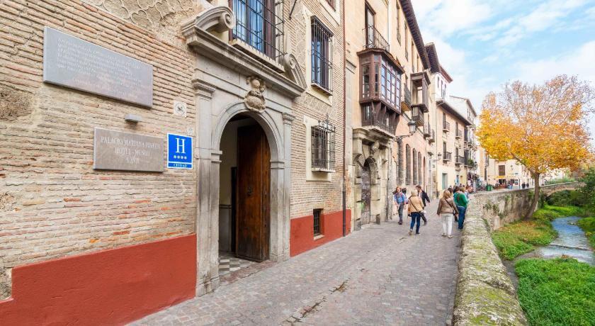 Palacio de Mariana Pineda 7