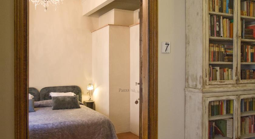 hoteles con encanto en girona  270