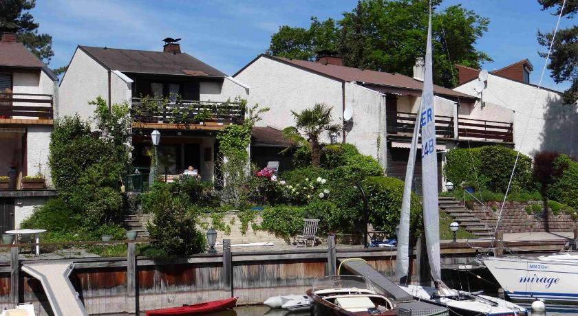 Das gite port ripaille in thonon les bains buchen - Restaurant port de thonon ...