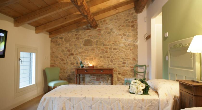 Double or Twin Room - Guestroom Bed & Breakfast Le Coste