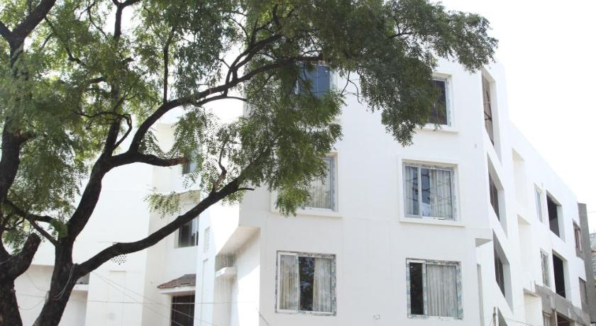 Hotel Yatri Nivas