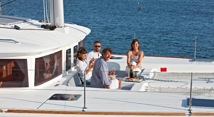 Balkon Bliss Boutique Yachting - Ionian