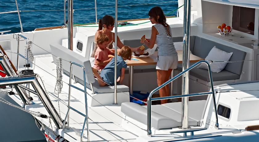 Bliss Boutique Yachting - Ionian