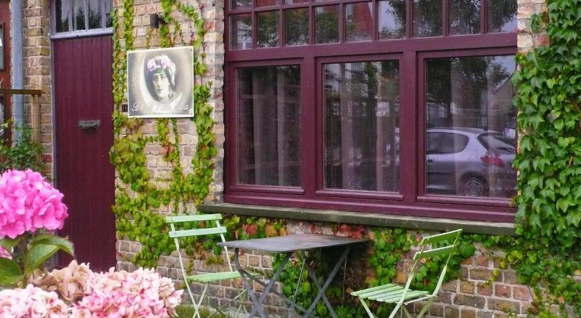 B&B Villa Elsa Leopold II laan 54 - 56 Oostduinkerke