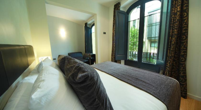 boutique hotels in girona  139