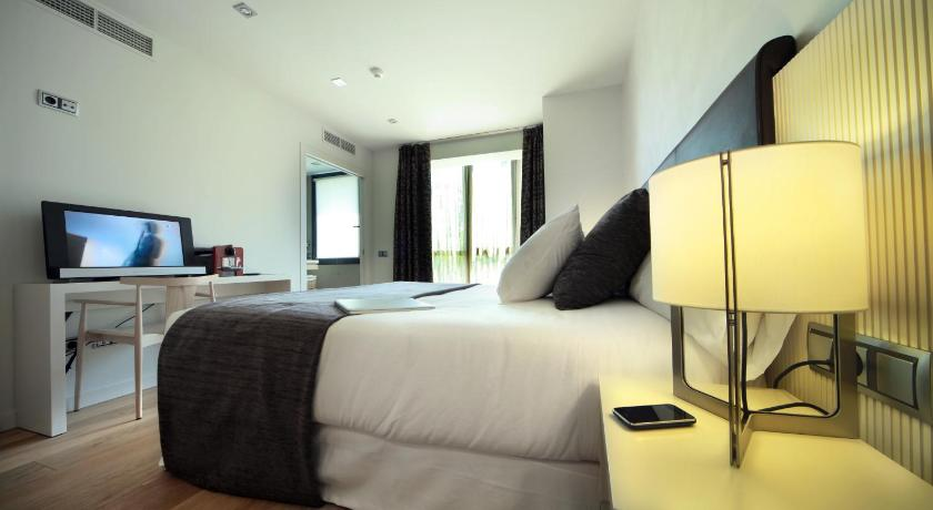 boutique hotels in girona  119