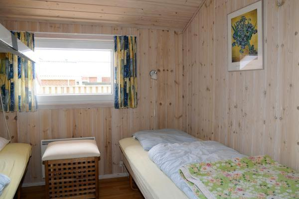 Three-Bedroom Holiday home in Blåvand 11