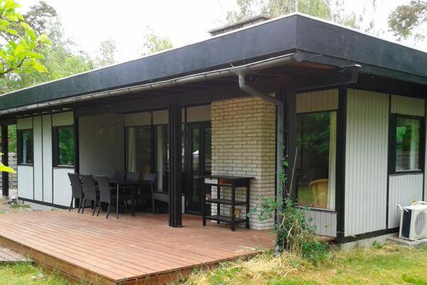 Two-Bedroom Holiday home in Store Fuglede 2