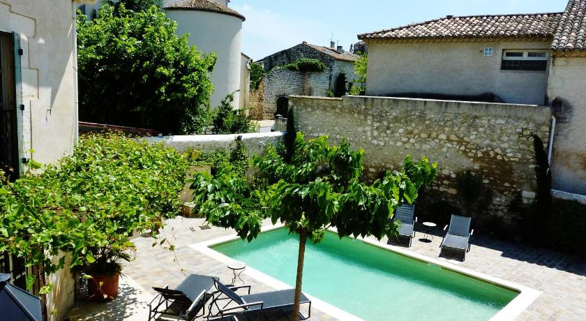 –Holiday home Avenue Montmajour
