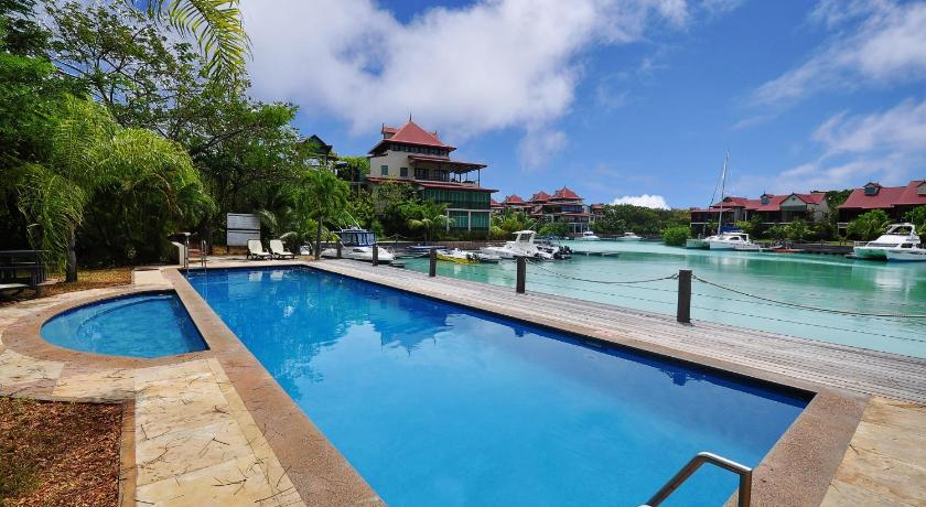 مسبح Luxury Apartment on Seychelles