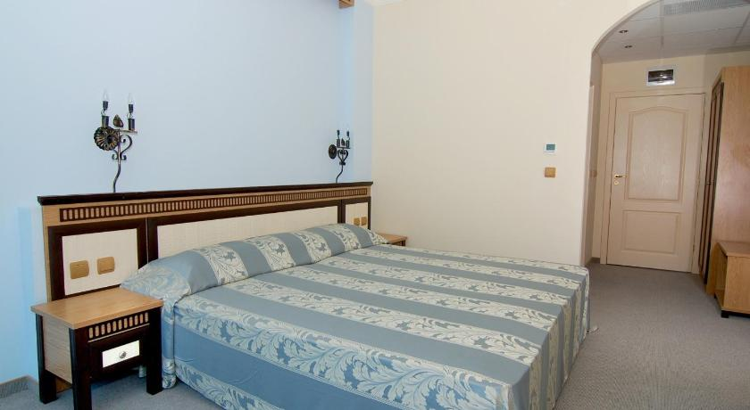 Double Room with Balcony (2 Adults + 2 Child) Metropol Spa Hotel