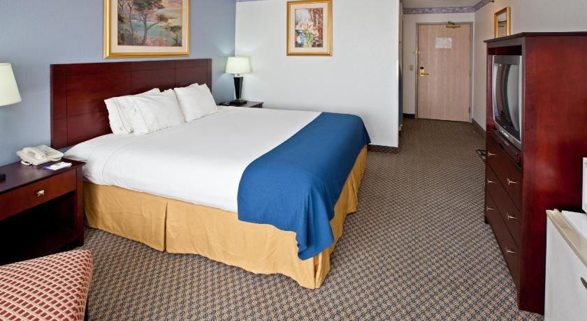 Bed Holiday Inn Express Elkhart North - I-80/90 Exit 92