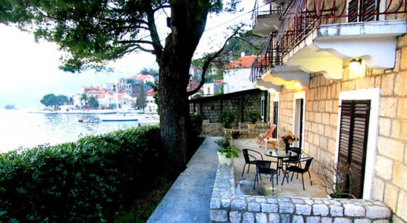 More about Perast Waterfront Apartments