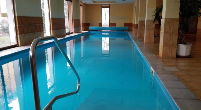 Piscina Balaton Wellness Apartman