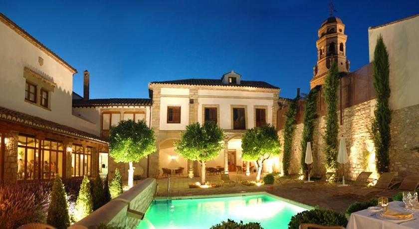 boutique hotels in baeza  1