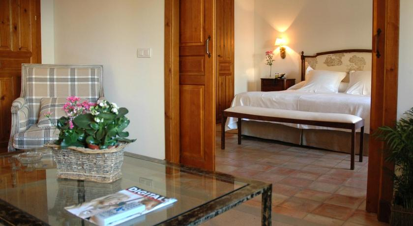 boutique hotels in baeza  29