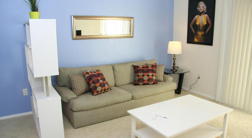Best Price on Downtown Los Angeles Vacation Apartment 1F in Los