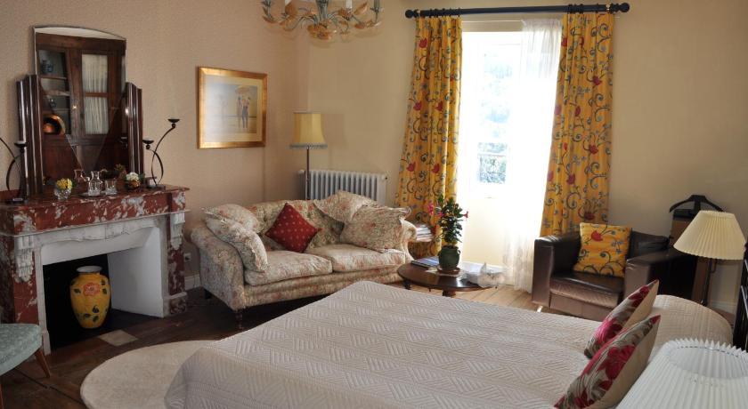 Chambre d\'hôtes L\'Ancienne Maison du Notaire Najac – Offres ...