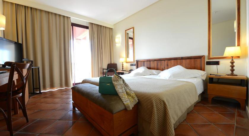 hoteles con encanto en toledo  140