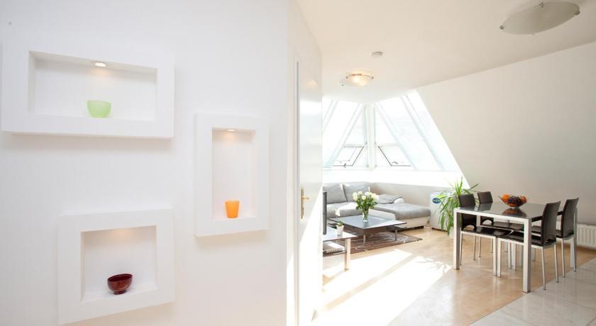 Vienna-apartment-one Mariannengasse Mariannengasse 30a; Liechtensteinstraße 58; Servitengasse 10 Wien