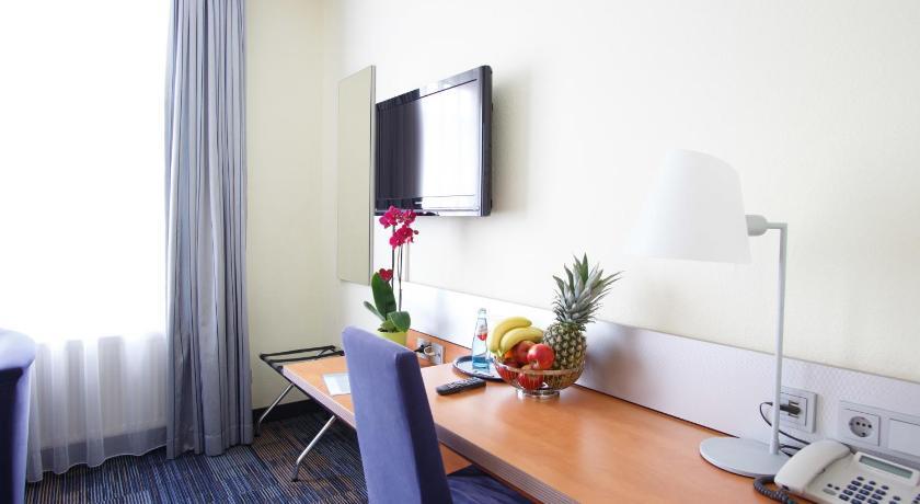 Standard einzelzimmer mit küchenzeile