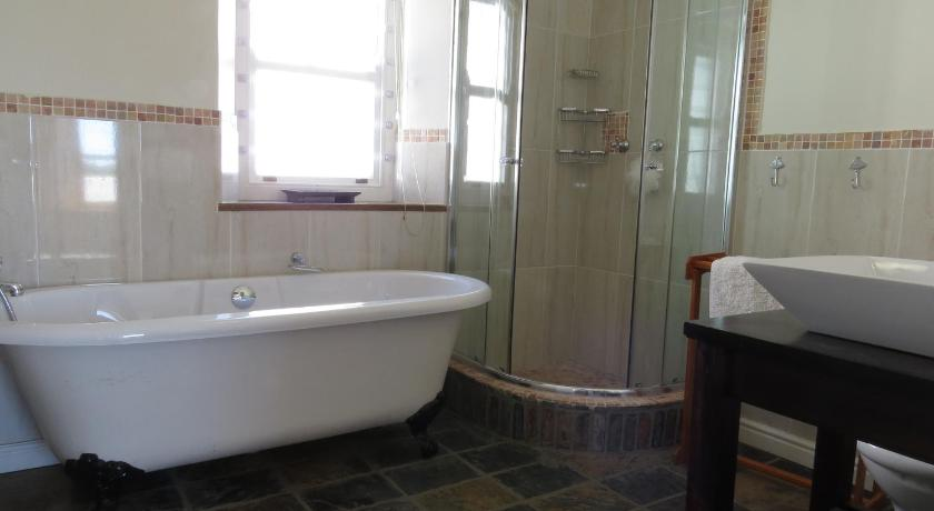 Bathroom Carpe Kreef Holiday Home