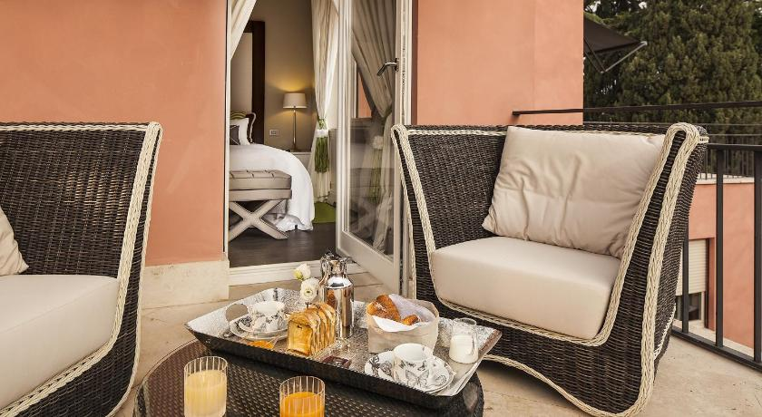 Balcony/terrace Pepoli9 luxury Suites