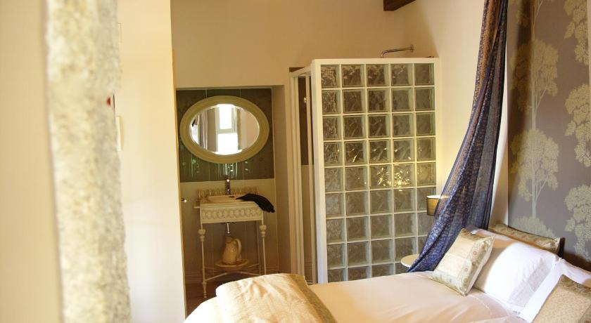 boutique hotels in penalba  40
